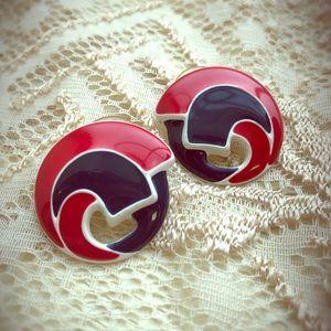 🦋3 for 20🦋Vintage earrings